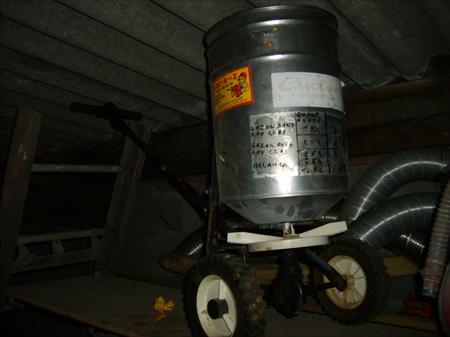 Semoir centrifuge pour graines ou granul s cyclone 50 85260 l herbergement vend e pays for Prix entretien espace vert m2