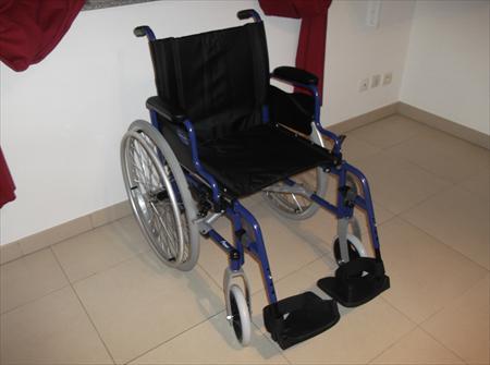 fauteuils handicap chaises roulantes en france belgique pays bas luxembourg suisse espagne. Black Bedroom Furniture Sets. Home Design Ideas
