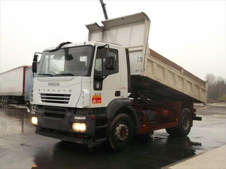 Camion ptac 3 5 t benne basculante de chantier et de for Porte universelle benne
