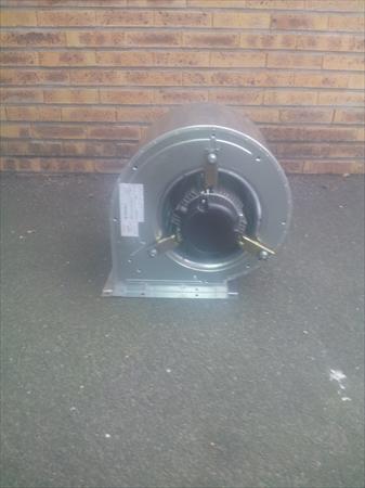 Hottes aspirantes caissons ventilation pro en france belgique pays bas luxembourg suisse - Moteur de hotte aspirante exterieur ...