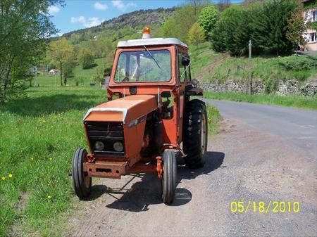 tracteur agricole renault 56 renault 4000 43000. Black Bedroom Furniture Sets. Home Design Ideas