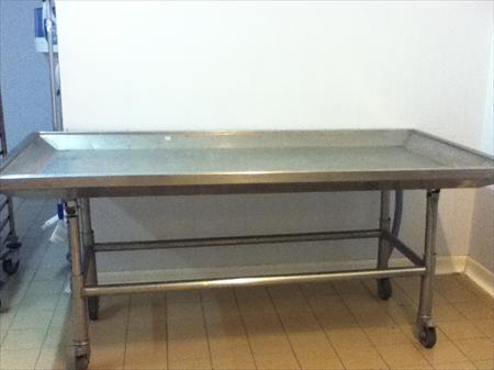 tables inox en rhone alpes occasion ou destockage toutes les annonces pas cher. Black Bedroom Furniture Sets. Home Design Ideas