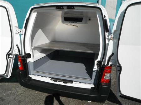 camionnette ptac. Black Bedroom Furniture Sets. Home Design Ideas