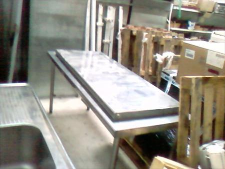 table de travail inox 250 81600 gaillac tarn midi pyrenees annonces achat vente. Black Bedroom Furniture Sets. Home Design Ideas