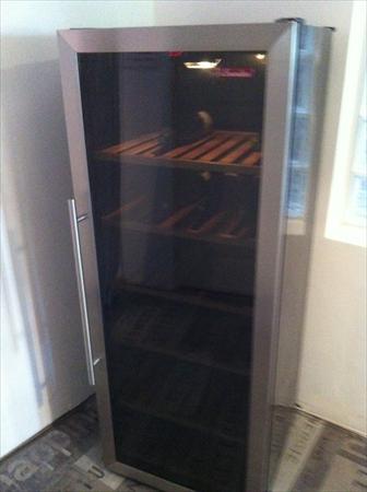 caves vin armoires vin en france belgique pays bas. Black Bedroom Furniture Sets. Home Design Ideas