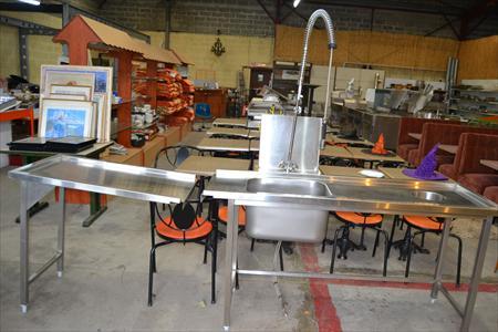 tables ent e sortie lave vaisselle 550 14200 herouville calvados basse normandie. Black Bedroom Furniture Sets. Home Design Ideas