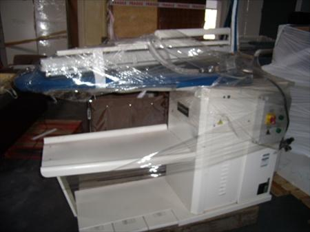 tables repasser tables d tacher professionnelles en. Black Bedroom Furniture Sets. Home Design Ideas
