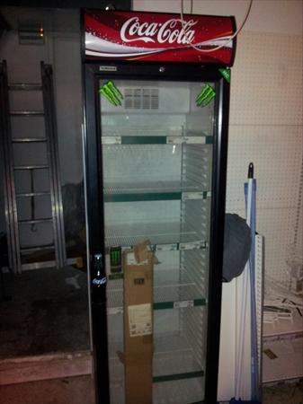 vitrine boisson libre service coca cola tbeg 300. Black Bedroom Furniture Sets. Home Design Ideas