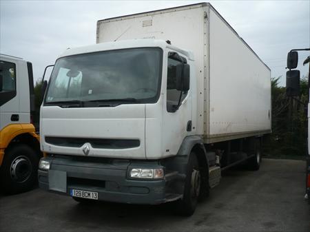 camion fourgon renault 84300 cavaillon vaucluse provence alpes cote d 39 azur annonces achat. Black Bedroom Furniture Sets. Home Design Ideas