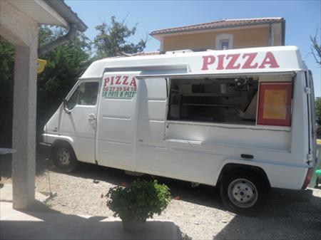 camions pizz ria tourn es march s en rhone alpes occasion ou destockage toutes les annonces. Black Bedroom Furniture Sets. Home Design Ideas