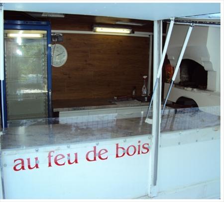 vente remorque pizza au feu de bois 5000 60430. Black Bedroom Furniture Sets. Home Design Ideas