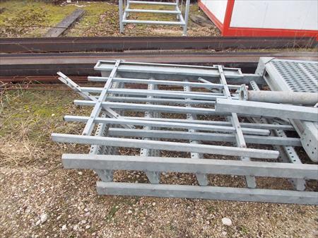 Escalier droit m tallique 2000 21560 arc sur tille cote d 39 or bou - Escalier metallique occasion ...