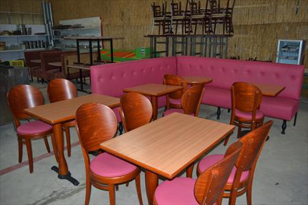 Ensemble mobilier restaurant 800 14540 bourguebus for Materiel salle restaurant