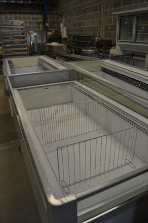 bac congelateur b2 de rigo 300 14540 bourguebus. Black Bedroom Furniture Sets. Home Design Ideas