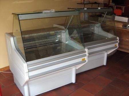 vitrines froides boucherie charcuterie traiteur en. Black Bedroom Furniture Sets. Home Design Ideas