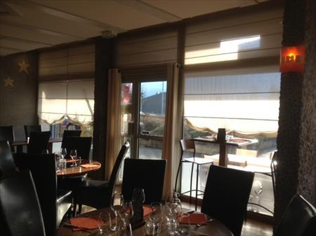 Mobilier salle 2900 74000 annecy haute savoie for Materiel salle restaurant