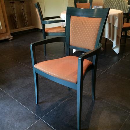 chaises fauteuils tabourets bar restaurant en nord pas de calais ventes occasion ou destockage. Black Bedroom Furniture Sets. Home Design Ideas