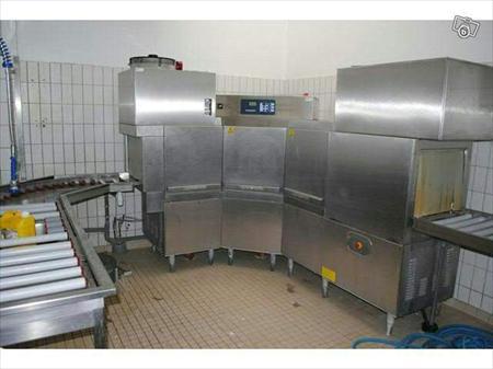 Laves vaisselle convoyeur tunnels de lavage en france for Vaisselle restaurant professionnel
