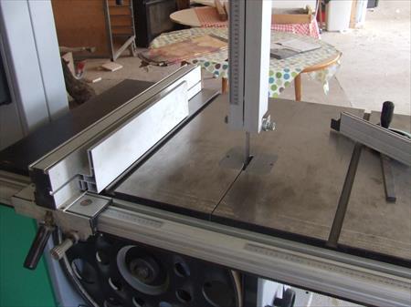 machines stocks menuiserie miroiterie encadrement en. Black Bedroom Furniture Sets. Home Design Ideas