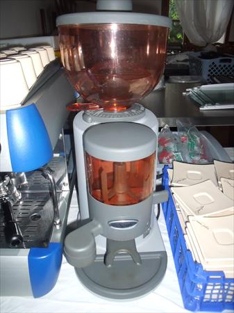 machine caf professionnelle essika 1200 24220. Black Bedroom Furniture Sets. Home Design Ideas