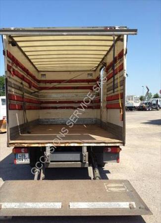 camion ptac 3 5 t fourgon avec parois et toit rigide. Black Bedroom Furniture Sets. Home Design Ideas
