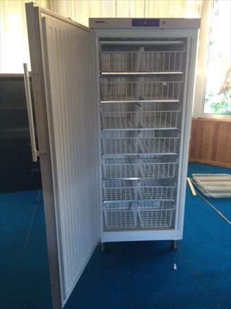 armoires inox n gatives 1 2 et 4 portes en france. Black Bedroom Furniture Sets. Home Design Ideas