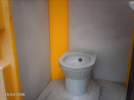 bungalows cabines bureaux sanitaires wc de chantier en. Black Bedroom Furniture Sets. Home Design Ideas