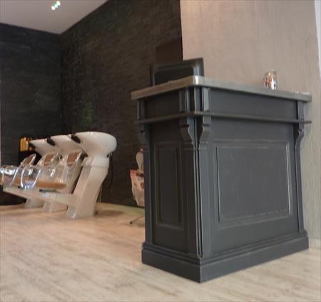 Comptoir caisse pas cher bois table de lit a roulettes - Comptoir caisse esthetique ...