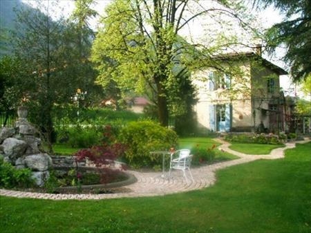 Services d 39 entretien des espaces verts en france belgique for Entretien espace vert martinique