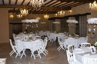 Tables et chaises assortis salle bar restaurant en midi pyrenees occasion o - Mobilier salle a diner ...