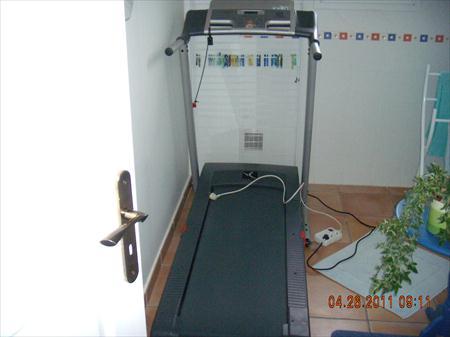 tapis pour courir electrique decathlon 350 66250. Black Bedroom Furniture Sets. Home Design Ideas