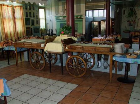 Charrette en bois pour buffet fruits legumes 200 13010 marseille bou - Vente mobilier occasion ...