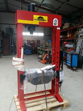 Presse hydraulique a vendre