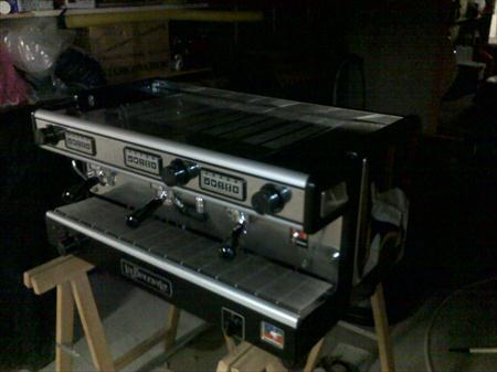machine a cafe professionnelle 3 groupes la spaziale. Black Bedroom Furniture Sets. Home Design Ideas