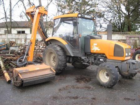 tracteur agricole renault ergos 85 6050 01 75011 paris paris ile de france annonces. Black Bedroom Furniture Sets. Home Design Ideas