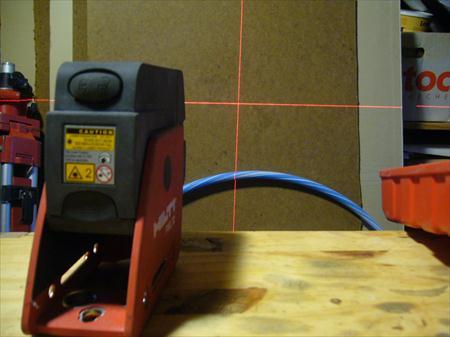 Niveau laser hilti pml 32 hilti 300 18570 la for Niveau laser exterieur professionnel