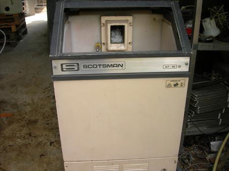 machine glace paillette scotsman 85 kg 24h scotsman. Black Bedroom Furniture Sets. Home Design Ideas
