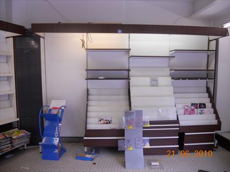 mobilier tabac presse complet 1500 77500 chelles seine et marne ile de france. Black Bedroom Furniture Sets. Home Design Ideas