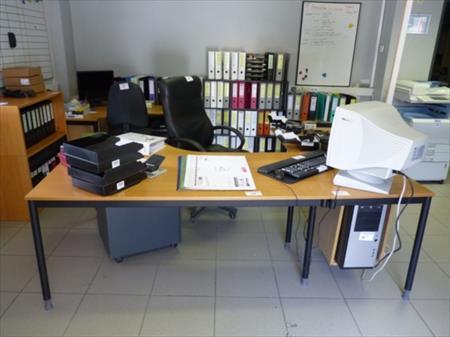 Mobilier de bureau 40 hamoir nord pas de calais for Vente materiel bureau