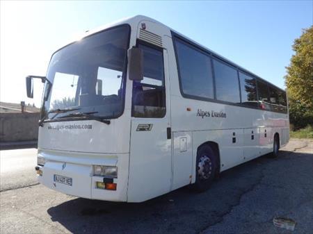 Transport en commun autocar renault fr 1 7080 for Transport en commun salon de provence