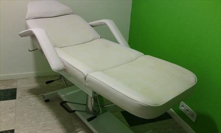 fauteuil de soins hydraulique 100 13004 marseille bouches du rhone provence alpes cote. Black Bedroom Furniture Sets. Home Design Ideas