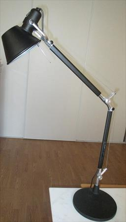 lampes architecte lampes de bureau pro en france belgique. Black Bedroom Furniture Sets. Home Design Ideas
