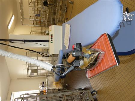 merceries ateliers de couture retouches en bretagne. Black Bedroom Furniture Sets. Home Design Ideas