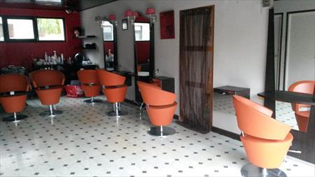 Coiffure esth tique manucure nail art en france belgique pays bas luxembou - Fauteuil barbier occasion ...