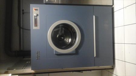 Machines laver essoreuses pro en france belgique pays - Machine a laver sechoir 2 en 1 ...