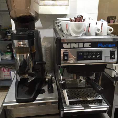 machine caf professionnelle unic 800 06300. Black Bedroom Furniture Sets. Home Design Ideas