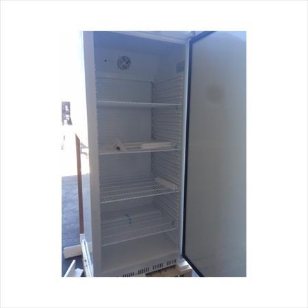nouveau armoire frigo cong lateur 600l 882 4000. Black Bedroom Furniture Sets. Home Design Ideas
