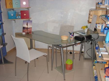 bureau en verre tremp 100 34980 saint cl ment de. Black Bedroom Furniture Sets. Home Design Ideas