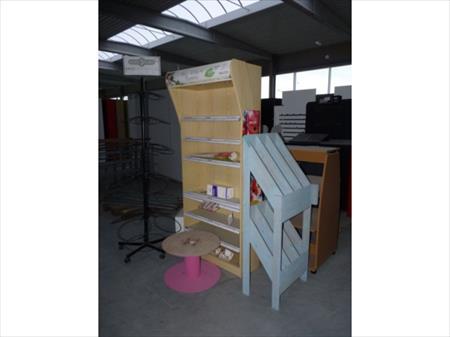 pr sentoirs de magasin divers 15 sambreville nord pas de calais annonces achat vente. Black Bedroom Furniture Sets. Home Design Ideas