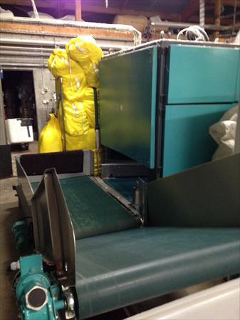 tunnel de lavage essoreuse tapis case lavatec 95000 49190 den e maine et loire pays. Black Bedroom Furniture Sets. Home Design Ideas
